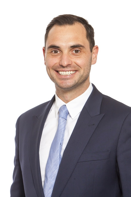 Neurosurgeon & Spine Surgeon Melbourne Dr David Oehme
